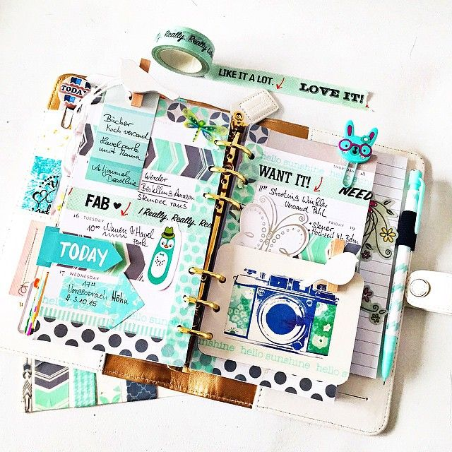 themintgreenpolkadot: This Week in my white @websterspages Color Crush Planner…