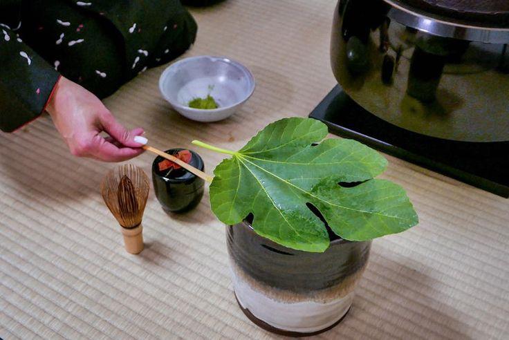 Chanoyu in Milan - Habuta (葉蓋) leaf-lid (mizusashi)