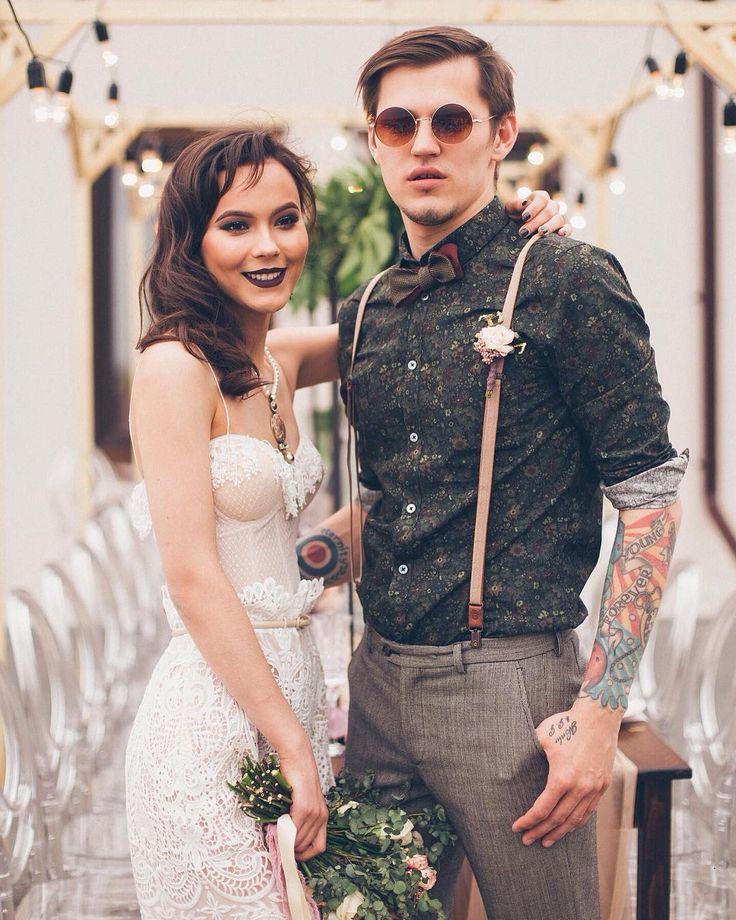 Яркая и запоминающаяся пара на фотопроекте #weddingpartytmn ✨ Организация: @svadbatmn  Видео: @davision_production Фото: @kmalyugina_photo72  Декор: @weddecor_tyumen  Стилист: @liliyasidorova_ls  Каллиграфия: @writemethis  Образ невесты: @lanamarinenko  Образ жениха: @baronjacket  Макияж и прическа: @masha_zykova07 @vasilevs_makeup @ansatarova_lilu  Украшения: Магазин бижутерии «Сорока» (ТЦ Гудвин)  Выездной ресторан: @jarcatering.ru  Алкогольные напитки: @degustation_club  Торт…