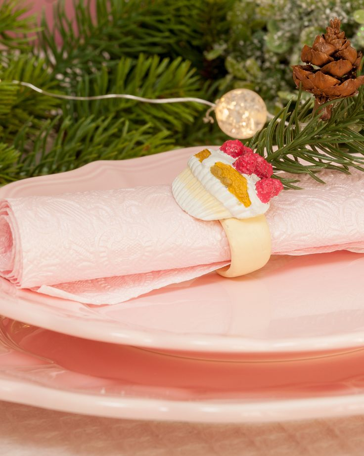 Cupcake Decorations - Pink Napkin Rings - Retro Pink Plates