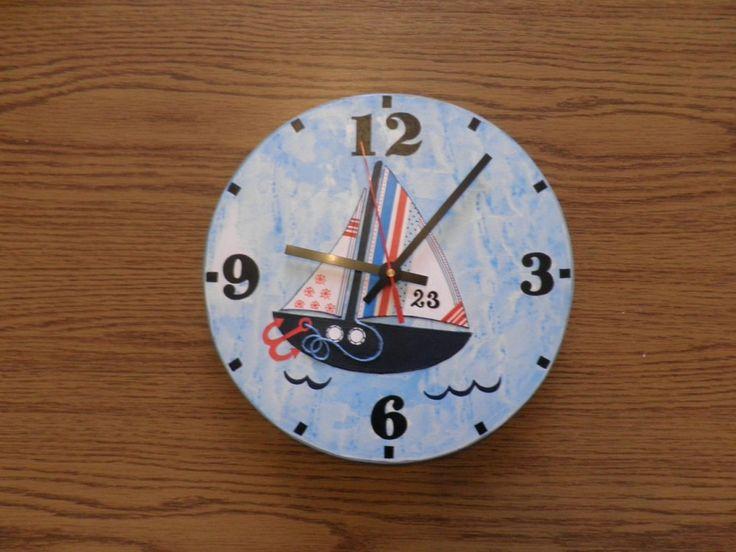 Vitorlás falióra. Sailing boat wall clock.