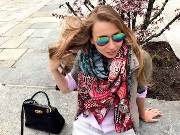 "Hermes cashmere shawl ""Sieste au Paradis"""