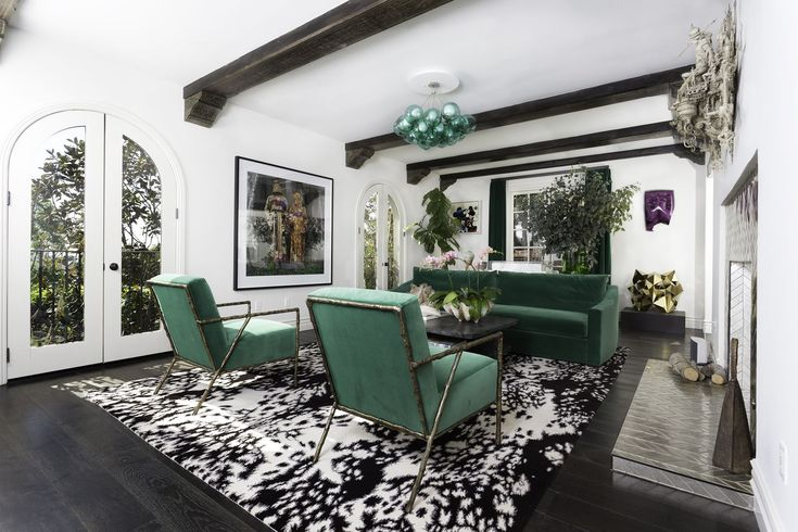 Usher Is Selling His L.A. Home And Its Bold Design Has Us Screaming 'Yeah! Yeah! Yeah!' - ELLEDecor.com