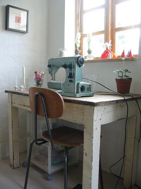 extra Tisch für Nähmaschine