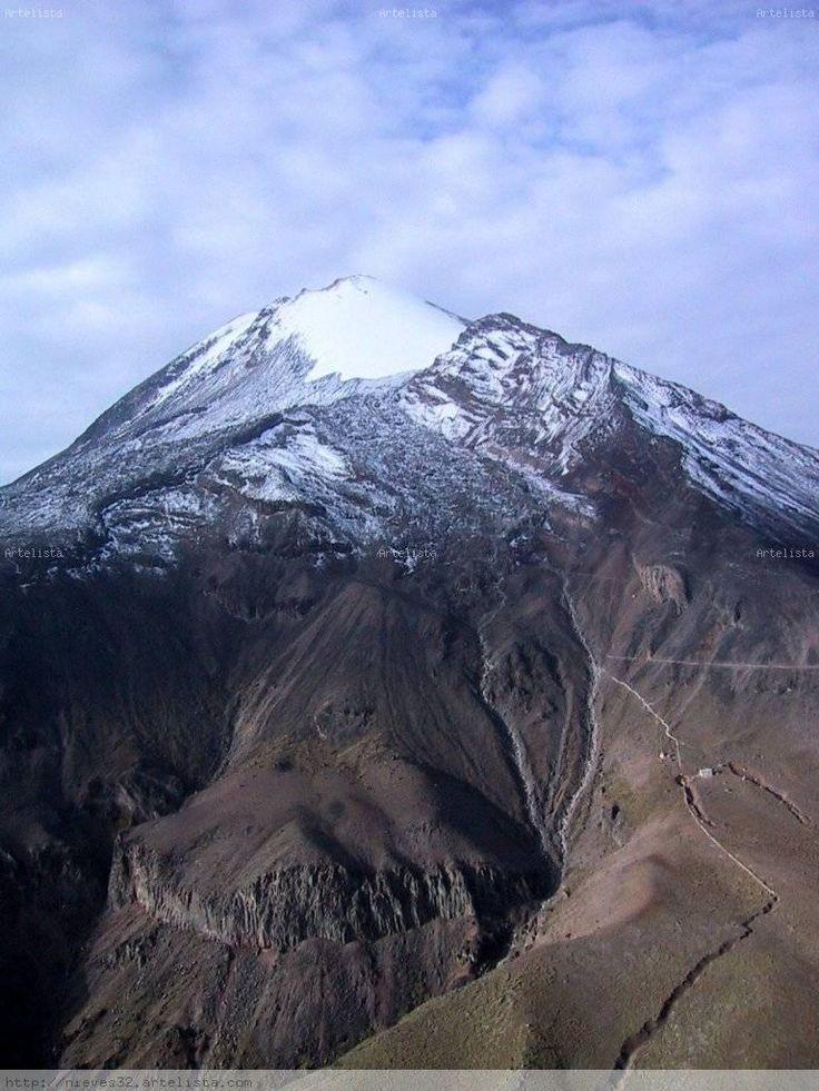 Pico de Orizaba, (citlaltepetl), the highest volcano in México
