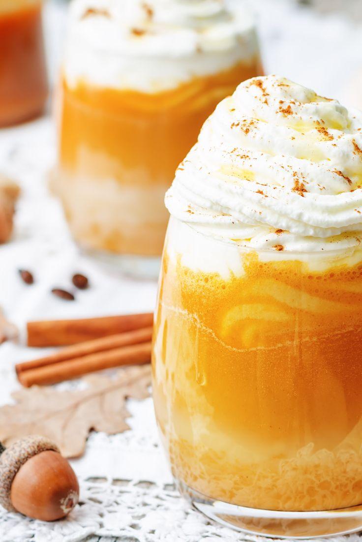 Il s'agit probablement de la recette de latte au Chaï citrouillé la plus sensationnelle que nous ayons jamais goûtée. Et croyez-nous, nous en avons dégusté des tonnes.
