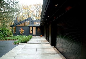 Contemporary Exterior design by Portland Architect Giulietti Schouten Architects