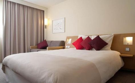 Novotel London Greenwich - The 4 star Novotel London Greenwich hotel is located in Greenwich. This London hotel puts you close to the National Maritime Museum, Royal Observatory and the O2.