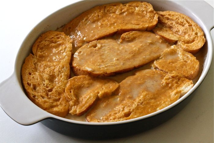 Baked Pumpkin French Toast - Thanksgiving morning... Sliced bananas ...
