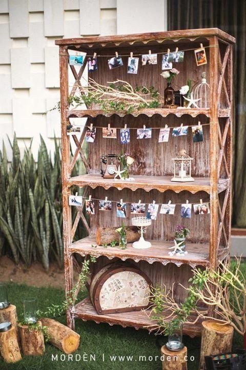 Beautiful Corner For Your Rustic Wedding Idea