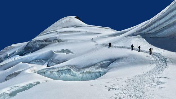 Alpinisten op de Allalinhorn
