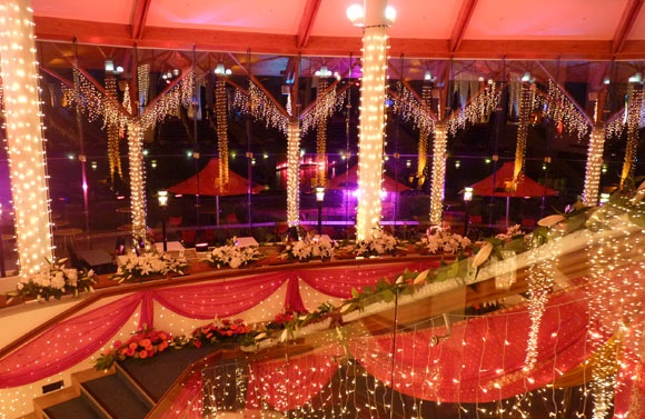 Very big fabulous wedding with a lot of fairy lights!!