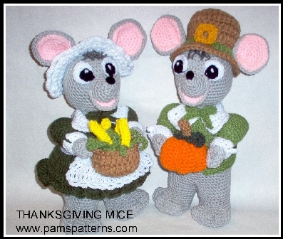 Pam's Patterns :: Mice Couple for Thanksgiving Crochet Patterns