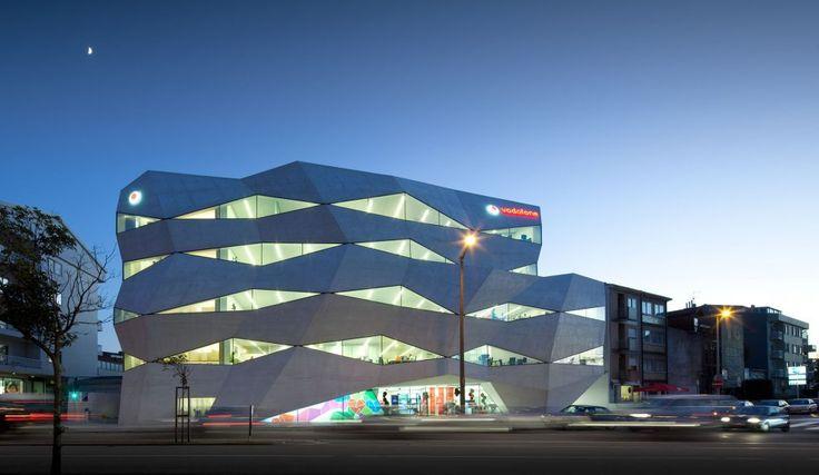 Vodafone Headquarters Building - Photo: FG SG – Fernando Guerra, Sergio Guerra