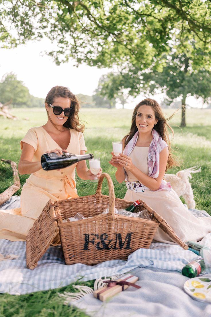 подруги на пикнике фото сделать веточку
