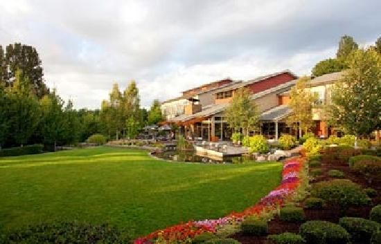 Cedarbrook Lodge, Seattle - #1 on Trip Advisor's Traveler's Choice Hotels in the US for 2011