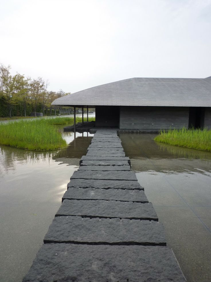 takenaka architects corp / sagawa art museum, moriyama shiga 佐川美術館 Referred to thomortiz.tumblr.com