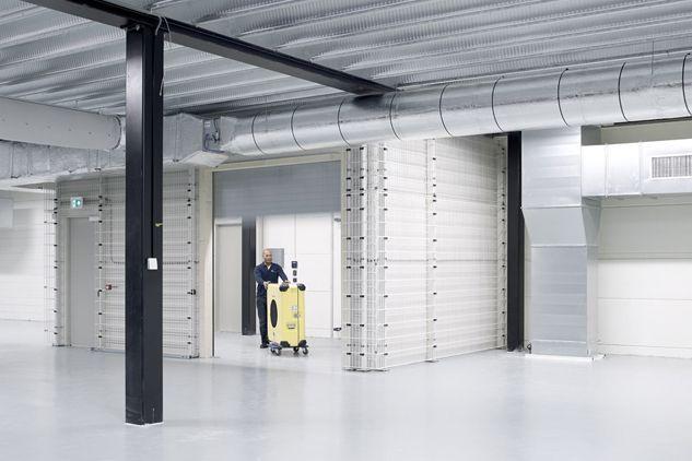 Museum storage | Hizkia Van Kralingen