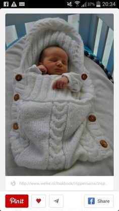 aran baby papoose/ cocoon sleeping bag. Nice. Looks comfy for baby.