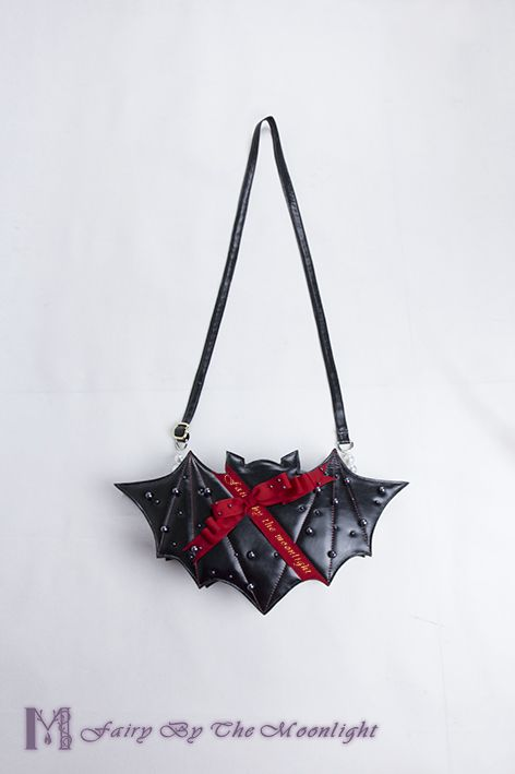 Do you need this [★newly added bat shaped Lolita bag★] to coord your [✙Holy Latern Lolita dress✙]? >>> http://www.my-lolita-dress.com/fairy-by-the-moonlight-bat-shape-lolita-bag-fbm-1