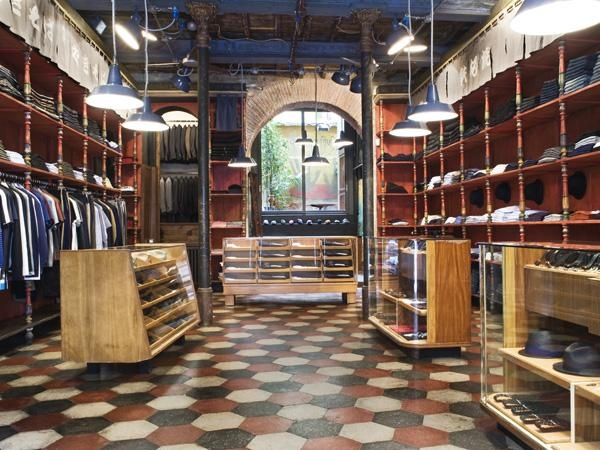 SBU flagship store in Rome. luxury jeans made in Italy