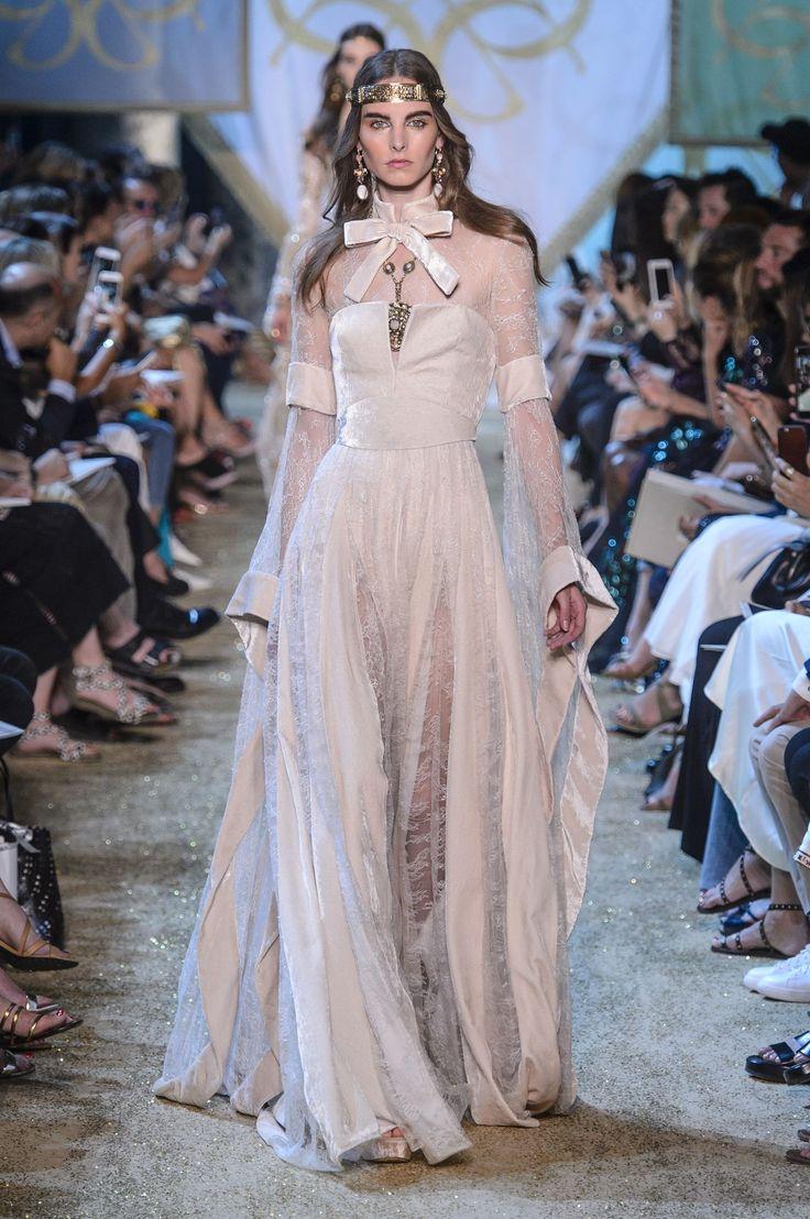 See Elie Saab's fairytale couture show - HarpersBAZAARUK