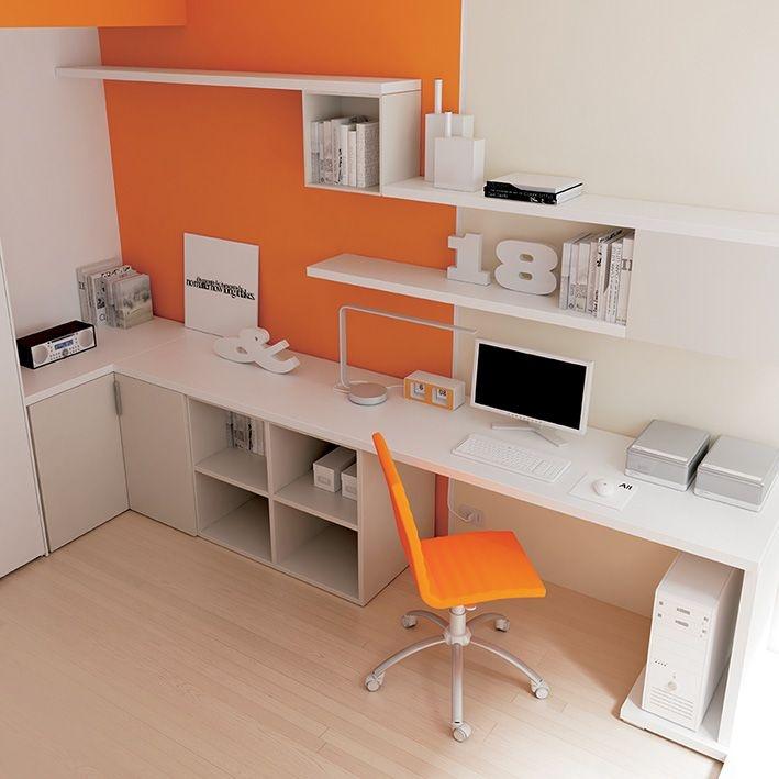 Angolo studio con #poltroncina #imbottita Diva in #ecopelle arancio con o senza braccioli #Wallbox #libreria #Outline. YC27 catalogo Team for Young www.moretticompact.com