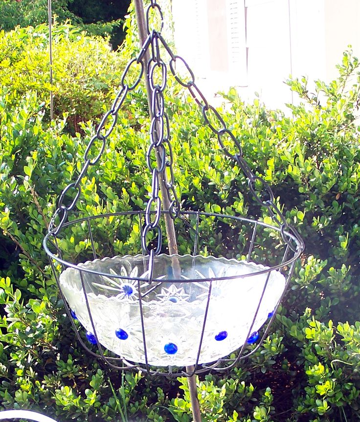 The 25+ best Hanging bird bath ideas on Pinterest ...