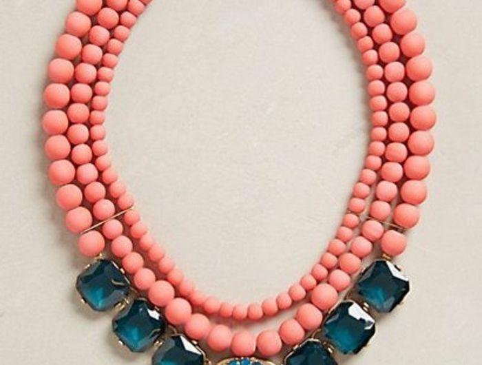 collier-plastron-pas-cher-en-rose-et-bleu-gros-collier-femme-pas-cher