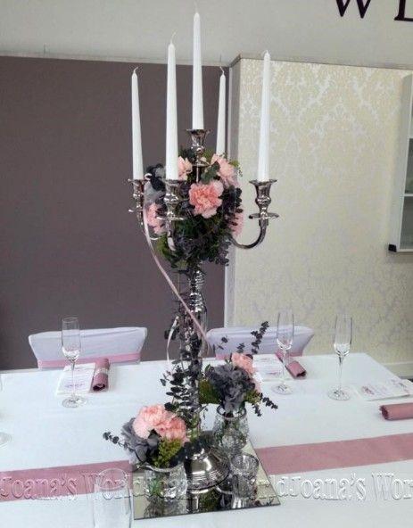 Kerzenleuchter silber 77cm mit edlen Blumenbouquet