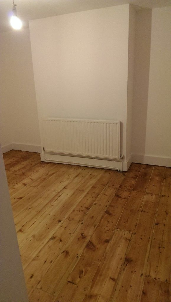 Pine floors sanding and oiling
