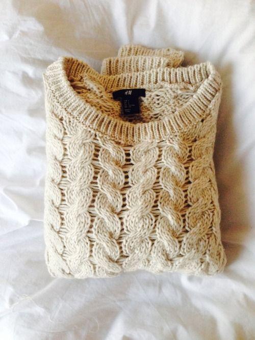 Lovely white sweater!