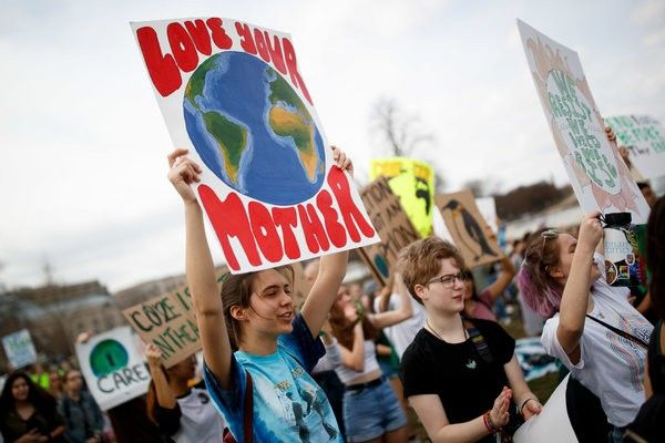 Pictures From Youth Climate Strikes Around The World Published 2019 Climate Change Climates New Zealand Image