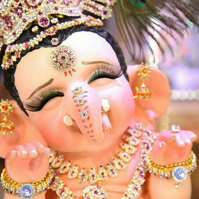 Lord Ganesha ,son of   Lord shiva and devi parvati. Lord Ganesha is worshipped first in  the Hindu religion. A story is associated with this.