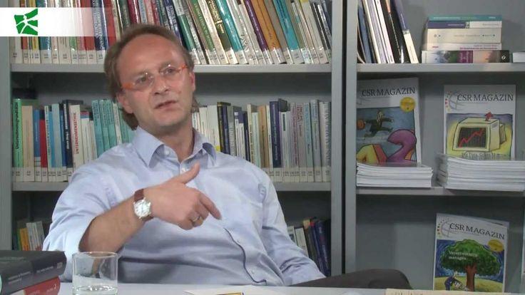 Professor Thomas #Beschorner on the function of #money. // Interview mit Professor Thomas #Beschorner über die Funktion von #Geld.