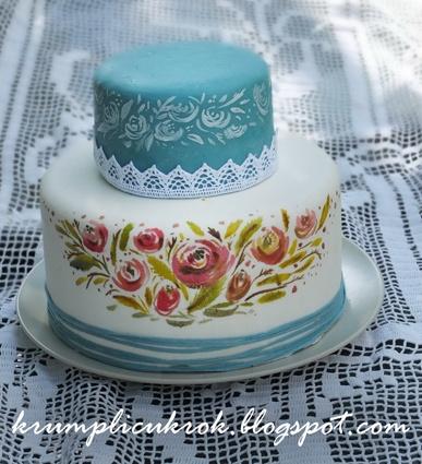 rózsás kék torta http://krumplicukrok.blogspot.hu/2013/05/kicsi-viragos-menyasszonyi-torta.html