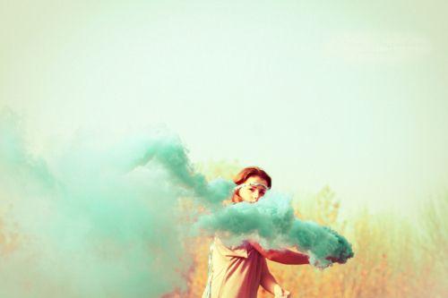 Картинка с тегом «girl, smoke, and blue»