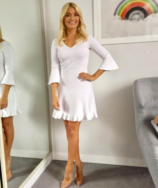 aff16c9575 Holly Willoughby's This Morning wardrobe in 2019 | Outfits | Holly ...