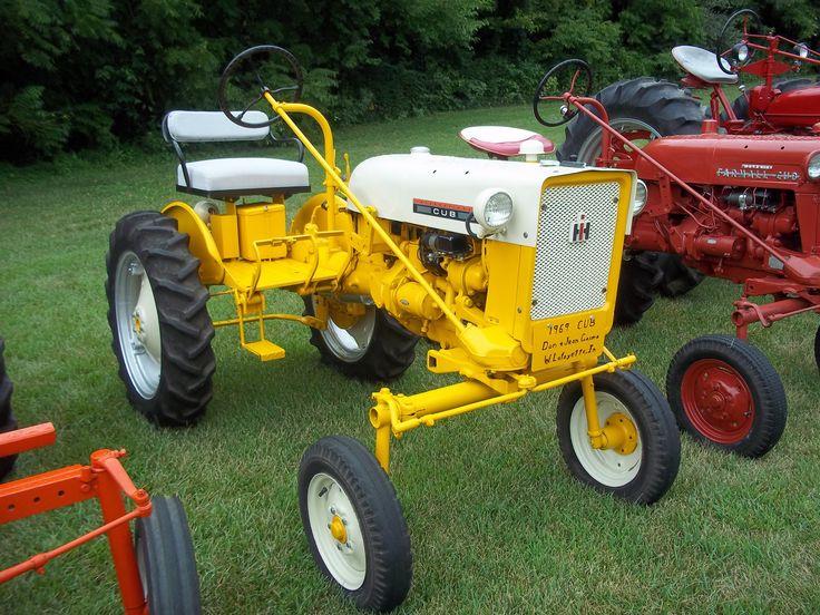 International Harvester Cub Tractor : Cub cadet ih farmall pinterest http