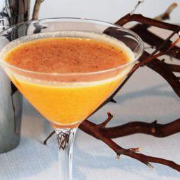Vanilla Pumpkin Pie Martine Vanilla vodka, pumpkin Schnapps, splash of cream & nutmeg