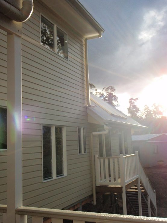 Beautiful sunset against the Weathertex cladding | Tru-Built Builders Queensland