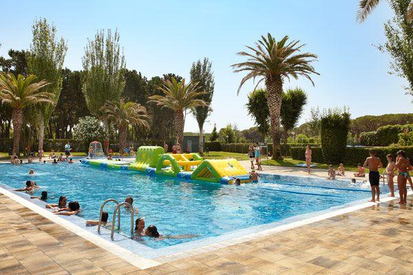 Envie de vacances familiales sur la Costa Brava ? Réservez vite votre séjour au camping 4* Valldaro !  Plus d'infos : https://www.tohapi.fr/costa-brava/camping-valldaro.php #tohapi #camping #vacances #piscine #costabrava #espagne #valldaro #platjadaro