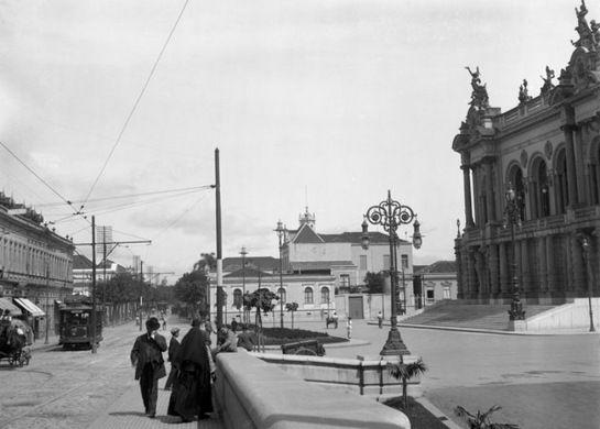 Teatro Municipal em São Paulo c.1912