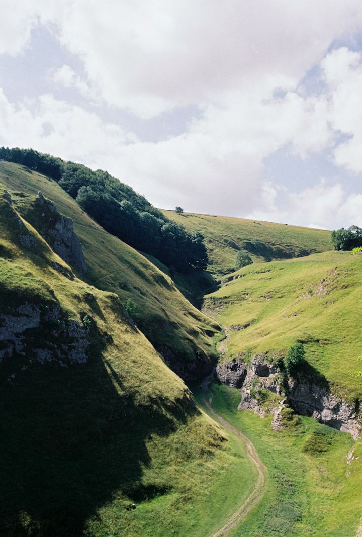 Peak District, Hope Valley. Film photo by Katrina Sophia instagram,com/katrinasophiaphotography