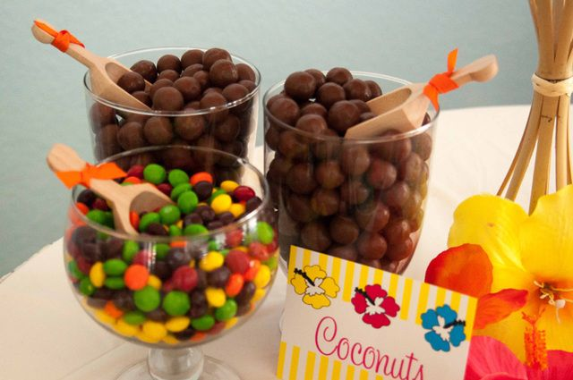 Candy at a Luau Party #luau #partycandy