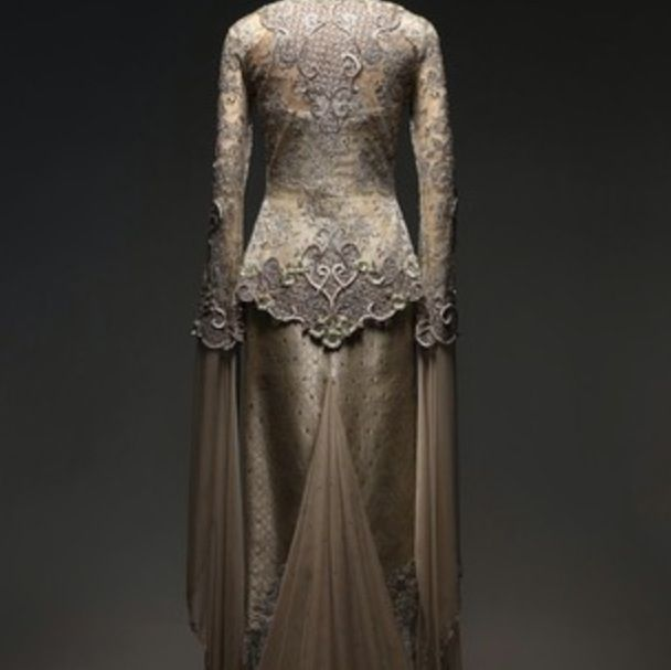 Kebaya modern / bernard chandrang. Really wanna use this on my wedding