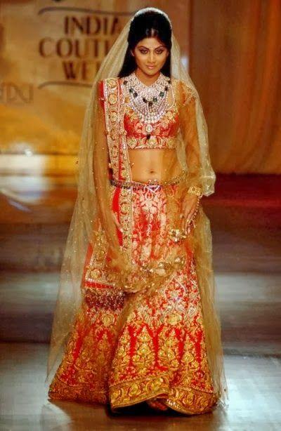 #ShilpaShetty in Red and Golden #Designer #BridalLehenga