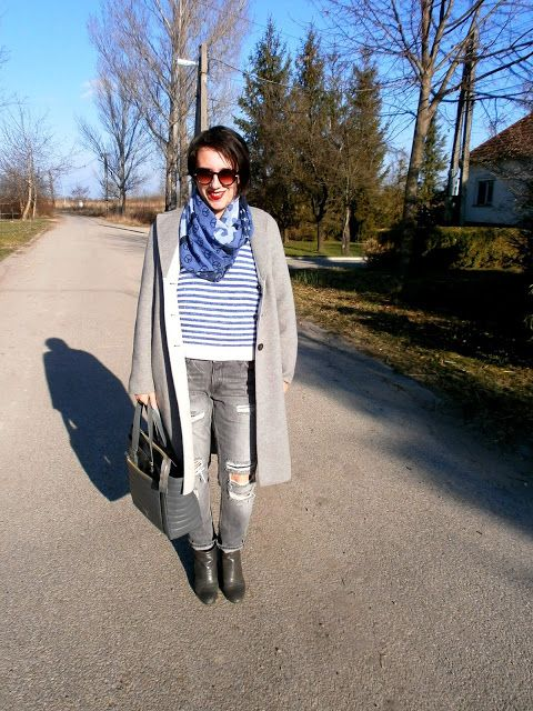 VGRV blog, grey wool coat, blue-white striped sweater, grey ripped jeans, grey Petrity bag (hungarian designer), grey ankle boots, blue scarf