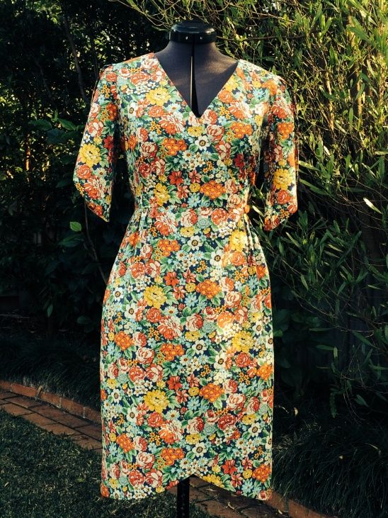 Made with Michael Miller London CallingI'm currently making another one of these dresses without sleeves so I can wear a cardigan with it...