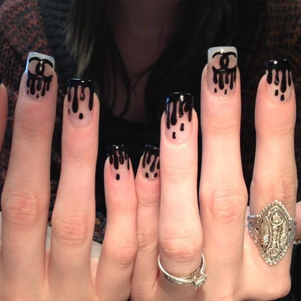 chanel drip nails